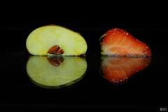 Duo mirror fruit - Macromonday 29/08 : In the mirror (In Explore) (Lise-Laure Gossye) Tags: fruit macro macromondays apple strawberry inthemirror mirror reflection liselauregossye liselaure llg belgium blackbackground