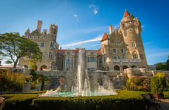 Casa Loma Sunset (Viv Lynch) Tags: casaloma toronto attraction ontario tourism castle gothicrevival architecture gardens back lakeside sunset downtown davenport building victorian gothic fountain canada summer 2016 museum mansion lakeiroquois history