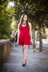 Serena  _2 (Davide Barbaro Ph) Tags: roma ragazza walk red beauty hair legs model shoes sky green park street bellezze italia donna ritratto reportage