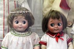 I See You Seeing Me (just.Luc) Tags: dolls boy girl jongen meisje poppen poupes fille garon eyecontact oogcontact toymuseum spielzeugmuseum speelgoedmuseum munich mnchen bayern beieren bavire bavaria deutschland duitsland allemagne germany