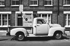 (Coral G. Granda) Tags: seleccionar londres london columbiaroad columbiaroadmarket eastlondon eastend streetphotograhpy street streetshoot londonstreet blackandwhite blancoynegro bn bw