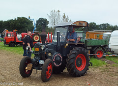 Tractor (peterolthof) Tags: neurhede 1011092016 peter olthof peterolthof