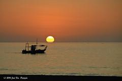 Primer amanecer del otoo (Jos Francisco_(Fuen446)) Tags: amanecer amanece sunrise sol sun cielo sky mar sea playa beach costadelsol fuengirola losboliches mlaga andaluca