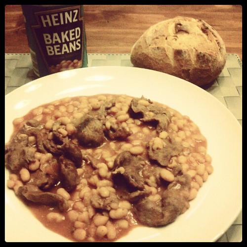 Cena retrò fagiolosa a marchio Heinz