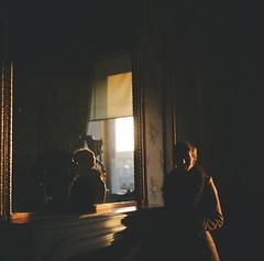 (Džesika Devic) Tags: shadow paris france film window girl silhouette mediumformat mirror 120format squareformat yashica lelouvre 120mm yashicaa