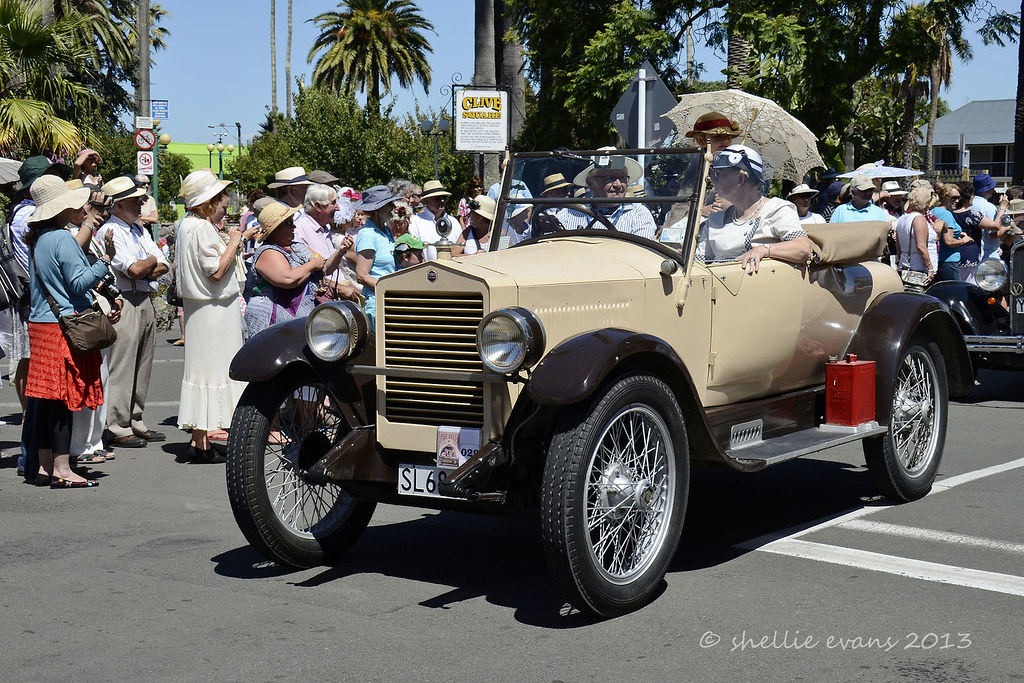 The World's Best Photos of napier and packard - Flickr Hive Mind