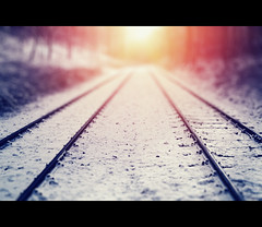The Way Is The Goal (Photofreaks) Tags: schnee winter sunset snow essen sonnenuntergang bokeh ruhr baldeneysee hespertalbahn adengs wwwphotofreaksws shopphotofreaksws