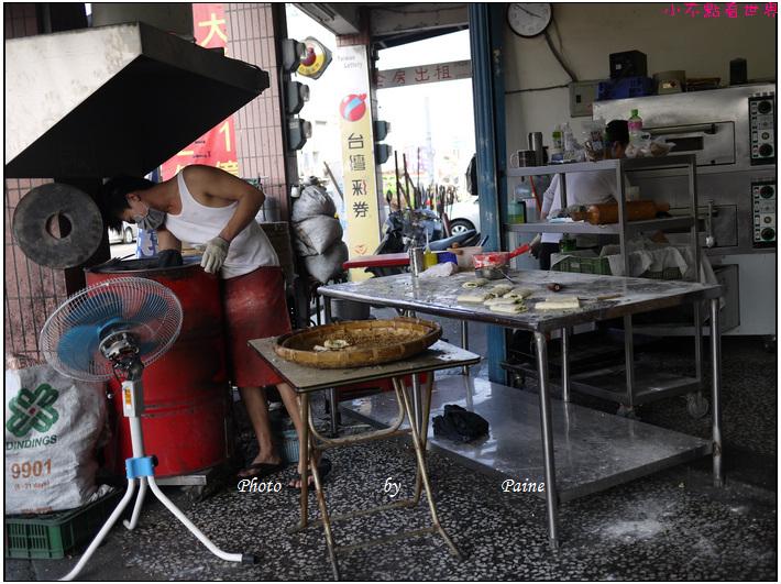 宜蘭五結碳烤燒餅店 (4).JPG