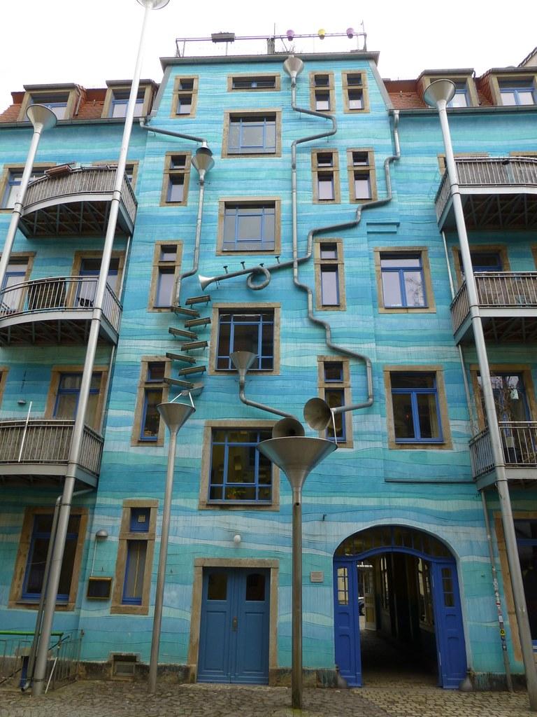 Fallrohr fassade  The World's Best Photos of blau and fallrohr - Flickr Hive Mind