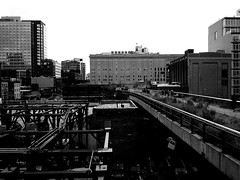 """High Line at car park • <a style=""""font-size:0.8em;"""" href=""""http://www.flickr.com/photos/59137086@N08/8557864281/"""" target=""""_blank"""">View on Flickr</a>"""