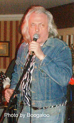 Bill_Hurley (Boogaloo Promotions) Tags: 2005 paul bill tim weekend blues aves boom jam taka hurley promotions bembridge boogaloo jobson warners