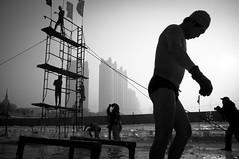 哈尔滨冬泳 (SinoLaZZeR) Tags: china street winter people blackandwhite bw snow ice heilongjiang swimming blackwhite asia fuji streetphotography documentary finepix fujifilm 中国 冬天 雪 黑白 harbin reportage haerbin 人 松花江 哈尔滨 zhongguo 冰 东北 游泳 黑龙江 x100 dongbei 亚洲 yazhou 冬泳 冰城 dongyong youyong dongtian bingcheng