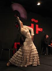 baile8 (Instituto Cervantes de Tokio) Tags: music art dance concert arte dancing guitar live danza concierto guitarra livemusic msica baile flamenco vivo institutocervantes directo     flamencodancing guitarraflamenca  flamencoguitar msicaenvivo  msicaendirecto baileflamenco
