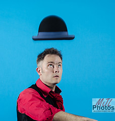 Landing the hat! (trethurffe2001) Tags: photoshoot bellhouseclub warringtoncameraclub circussensible jugglerhats