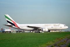 A6-EKM Airbus A.300B4-605R Emirates (pslg05896) Tags: lhr egll london heathrow a6ekm airbus a300 emirates