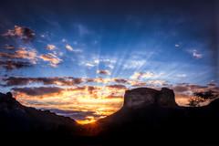 Por Sol no Morro do Pai Incio - Chapada Diamantina (Sunset) (andrebatz) Tags: por do sol sunset chapada diamantina morro pai inacio mount brasil brazil bahia sky skies landscapes breathtaking lenois lenis nature south america exotic mountains montanhas rocks nikon d7100