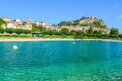 Sisteron, le plan d'eau et la citadelle ... (Pascal Duvet) Tags: sisteron perle provence plan eau citadelle vue paysage panorama alpes haute 04 pascal duvet