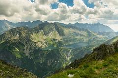 Piątka z Przełęczy Krzyżne. Dla takich widoków warto podjąć wysiłek (czargor) Tags: outdoor inthemountain mountians landscape nature tatry mountaint igerspoland