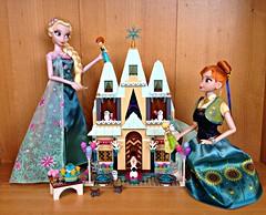 Anna's Dollhouse (honeysuckle jasmine) Tags: disney store frozen fever summer solstice elsa anna giftset princess queen dolls lego arendelle castle playset