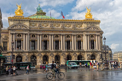 Palais Garnier (perkijl61) Tags: paris palaisgarnier opera parisoperahouse operanationaldeparis rain wetstreets bicycle