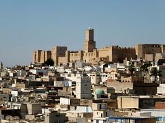 Vue de la Mdina et la Kasbah (  ) - Sousse () (twiga_swala) Tags: vue mdina kasbah    sousse  susa soussa tunis tunisia medina old town qasbah unesco patrimoine mondial world heritage view  sahel tunisien