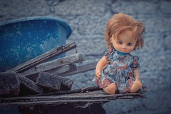 Niña (Isaac Franco) Tags: toy doll old vintage cdmx iztapalapa muñeca jueguete juguete
