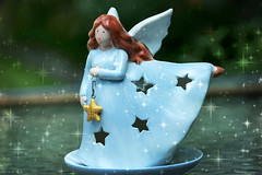 52 in 2016 Challenge - #36 - Stars (crafty1tutu (Ann)) Tags: challenge 52in2016challenge 36stars angel angels heart sadness memory inmemory stillbirth family precious ornament crafty1tutu canon1dx anncameron ef28300mmf3556lisusm stars star candle