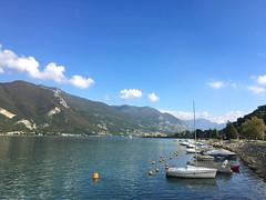 (Paolo Cozzarizza) Tags: italia lombardia brescia paratico acqua lago lungolago panorama imbarcazione pietra