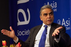 Kishore Mahbubani and Ian Bremmer at Asia Society New York 4