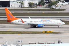C-GOWG_8858 (Stephen Wilcox - Jetwashphotos.com) Tags: airplane image aircraft jet photograph boeing airliner fll jetwash 2013 37757 sunwingairlines ftlauderdaleairport boeing73786jwl cgowg