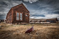 Barrow in Bodie (karjul) Tags: california city vacation usa building town nikon urlaub nevada stadt northamerica ghosttown monolake sierranevada amerika gebude barrow 2012 kalifornien leevining schubkarre d90 monocounty geisterstadt nordamerika explored mygearandme blinkagain urlaubusa2012 vacationusa2012