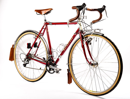 <p>Waterford 22-Series Artisan Rando Bike - complete includes stainless lugs and BB, S&amp;S Couplers, 57mm reach brake compatibility.  Styled in Wineberry over Pure Gold with Vanilla Shake Head Tube.  Photo supplied by Bike Doctor Frederick, Frederick Maryland.</p>