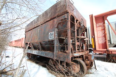 Retired railroad hopper (Midwest Photo) Tags: old railroad winter abandoned michigan rusty retired hopper tacks kingsford ironmountain oldnotused