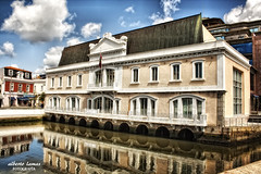 Aveiro, la Venecia portuguesa (Alberto Lamas) Tags: street urban color portugal architecture canon geotagged photography photo arquitectura europe photos aveiro ilustrarportugal rememberthatmomentlevel1 rememberthatmomentlevel2