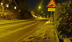 Earth hour (Leifskandsen) Tags: road camera leica light tree norway night dark way living earth hour scandinavia bekkestua leifskandsen skandsenimages