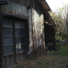 declined (tetsuo5) Tags: hut fujisawa    miyamae nokton25mmf095 dmcgx1