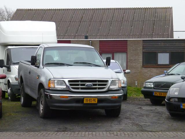 2002 ford f150 46 4x2 regcab