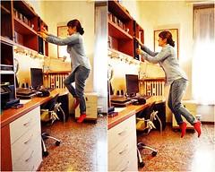 #21/25 (Diario de Roville) Tags: selfportrait photoshop flight autoretrato levitation autoritratto levitar levitacion selfie volare volar levitazione