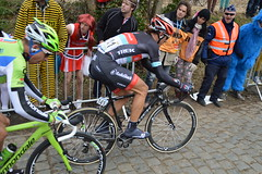 CANCELLARA - SAGAN (kimijada) Tags: classic berg bike bicycle race trek team bicicleta cte course leopard ciclismo cannondale mont vlo radioshack carrera sagan uci roadbike cycliste bicicletta gara classique wielrennen worldtour pav ronde vlaanderen rondevanvlaanderen cyclisme procycling protour radsport cancellara 2013 kwaremont oudekwaremont bicci tourdesflandres vieuxquaremont