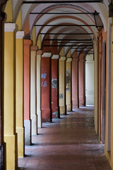 c'erano una volta (Antonio_Trogu) Tags: light italy colors italia shadows arcade columns arches ombre modena pillars portici colori luce emiliaromagna colonne archi pilastri antoniotrogu viatrere