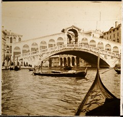 The Rialto, Grand Canal, Venice 1910s 3  r (AndyBrii) Tags: camera bridge venice italy london germany stereo richard viewer slides rialto 1908 transparencies verascope taxiphote