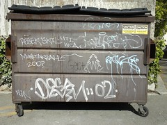 (sentpope) Tags: california trees plant graffiti bay berkeley area destn harsh bmb kava plantrees uti wca skil resek rekn