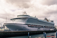 Todo tiempo pasado (David García.) Tags: mar coruña barco cielo ventura davidgarcia crucero trasatlantico canoneos7d davidlavie