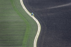 On The Way (Aerial Photography) Tags: field by landscape mood loneliness landwirtschaft feld aerial curve einsamkeit fs moosburg luftbild bogen obb aich feldkapelle ackerbau fotoklausleidorfwwwleidorfde 15042013 5d333355