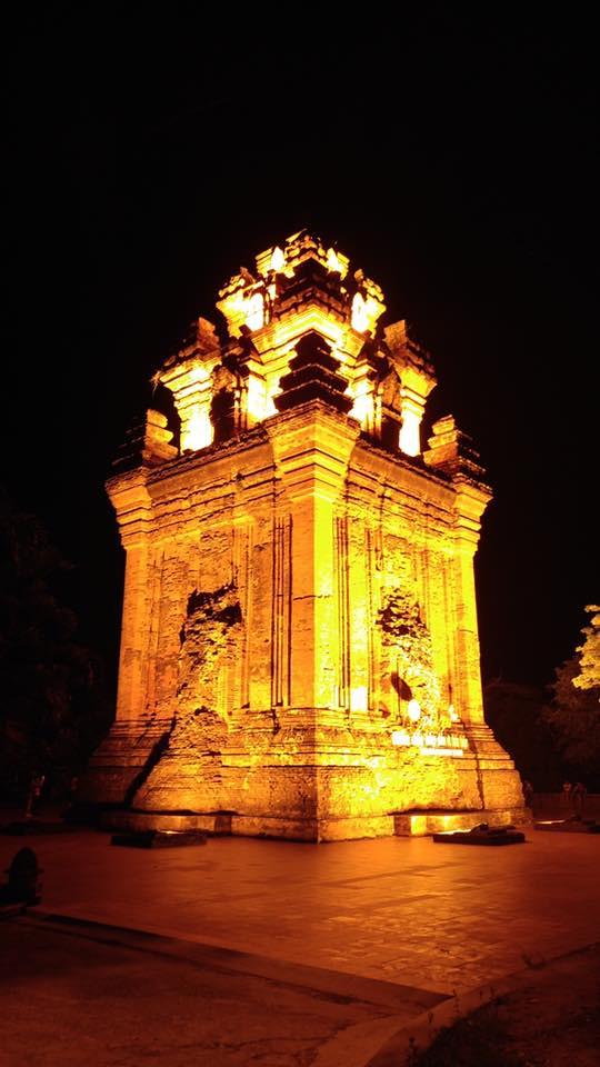 Tháp Nhạn đêm