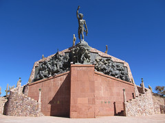 "Humahuaca: el Monumento a la Independencia <a style=""margin-left:10px; font-size:0.8em;"" href=""http://www.flickr.com/photos/127723101@N04/28522332544/"" target=""_blank"">@flickr</a>"