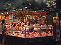Butcher shop, Barcelona (nisudapi) Tags: 2016 barcelona spain mercado market boqueria larambla butcher shop meat ham canvila boqueriaiberica