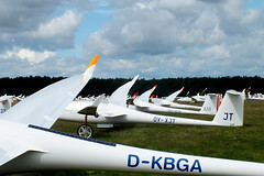 Grid (Janina Leonaviciene) Tags: worldglidingchampionships wgc2016 pociunai aviation gliding grid wings start cloudy clouds sky grass field finepixhs30exr airfield aviacija aerodromas lithuania lietuva sklandymas sklandytuvas sport sparnai sportas rykiuote startas dangus debesys pasauliosklandymoempionatas janinaleonaviciene