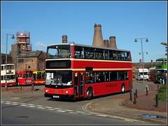 First Midland Red 33404 - VX54 MUA (Bob Lear) Tags: vx54mua 33404 firstmidlandred alexanderdennis alexander trident alx400