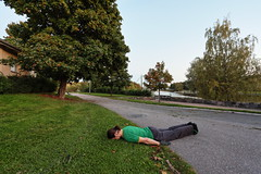 FDT#217 (trying to blend in) (Elektrojnis) Tags: facedowntuesday facedown fdt camouflage grass green asphalt gray